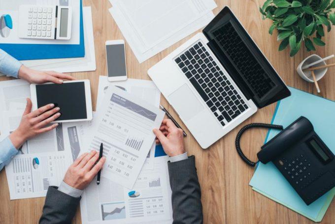 Как бухгалтеру эффективно вести несколько фирм?