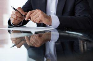 Трудности учёта: Кому стоит доверить бухгалтерию?